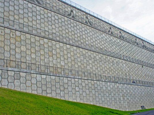 MSE Wall at SeaTac Airport Runway