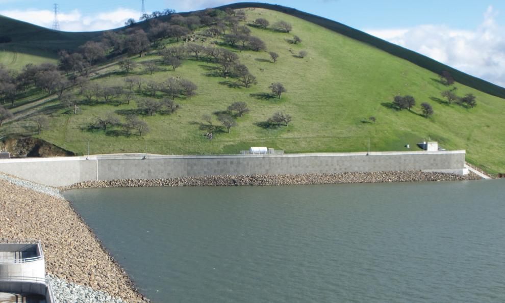 GeoMega™ MSE Retaining Wall at Los Vaqueros