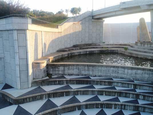 MSE Wall Along Lake Lenexa Dam Stairway