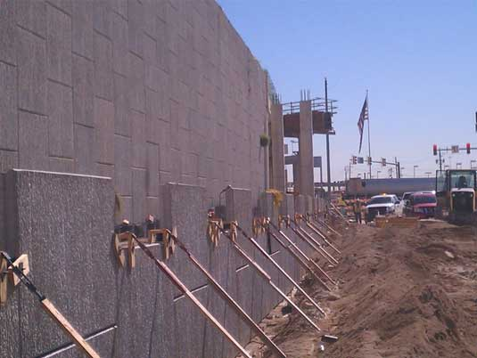 Early Construction of MSE Wall at North Tarrant Express