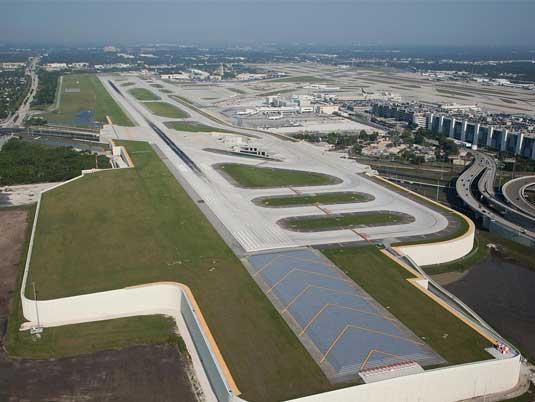 Overlook of Fort Lauderdale-Hollywood Airport Runway