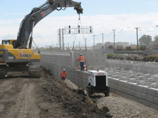 Construction of T-Wall™ at Chicago O'Hare International Airport