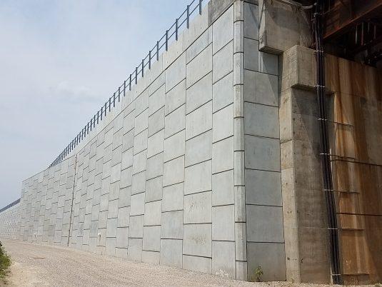 Reinforced Earth® Wall at Merchants Bridge