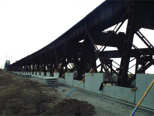 Construction of Reinforced Earth® Wall at Merchants Bridge